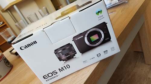 New in – Canon Eos M10