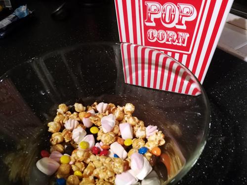 Tijd voor freakin popcorn en hot chocolate