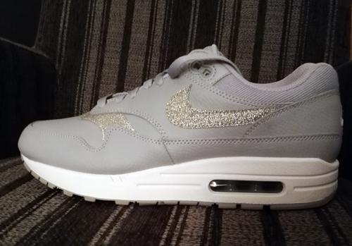 Een paar Nikes uit nieuwe collectie