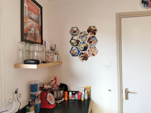 Een hexagon fotocollage aan de muur (met kortingscode voor jou)