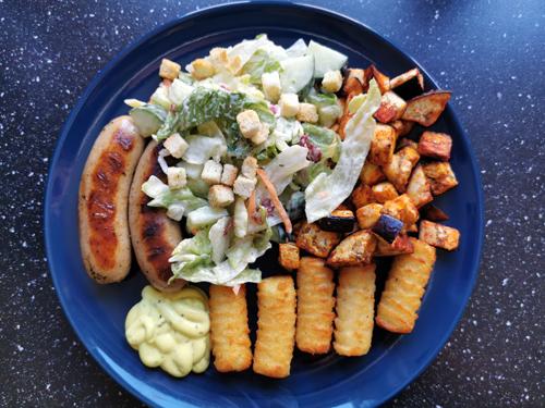 Ons avondeten #10 veel aardappelblokjes en sushi!