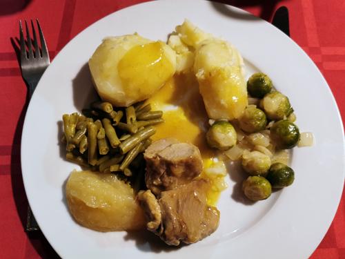 aardappelen spruitjes sperziebonen vlees