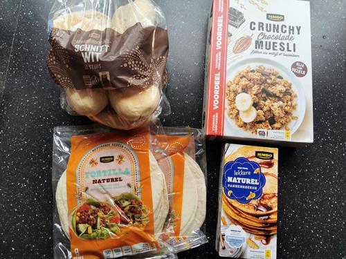weekboodschappen afbakbroodjes wraps cruesli